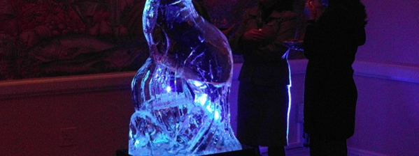 The Table Bay Hotel 15th Anniversary Ice Sculpture